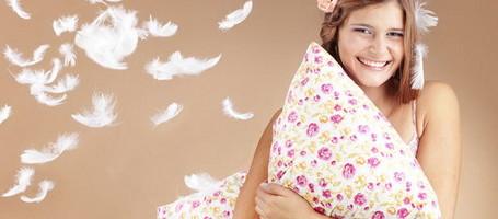 Уход за перьевыми подушками и одеялами